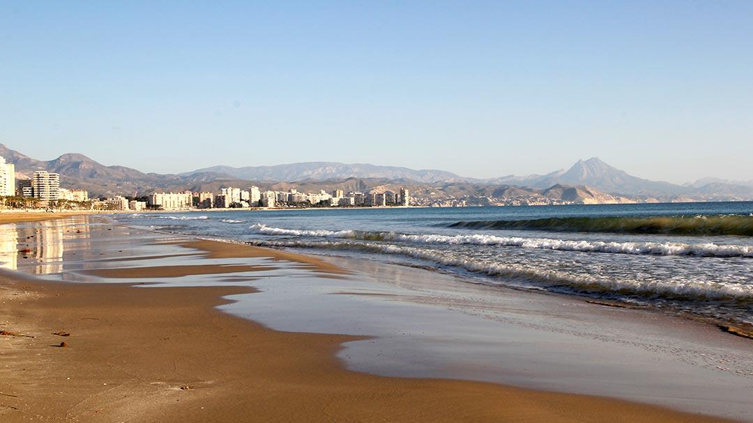 Playa de Muchavista en El Campello