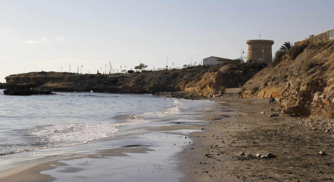 La Almadrava playa arena El Campello