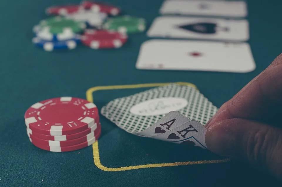 poker en casino mediterráneo