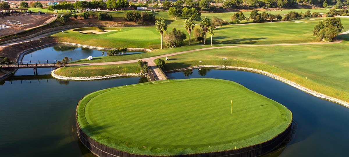 green del campo de golf Lo romero en Alicante